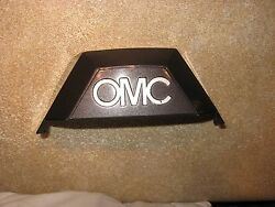 Omc Cobra Gimbal Top Housing Cover With Insert Silver Letters