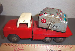 Tow Truck Crane Tin Friction Toy 1965 China Missing Crane Part Fun Collectible