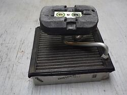 OEM 2004 Lincoln LS HVAC Heater Core Heating System Element & Pump Connector