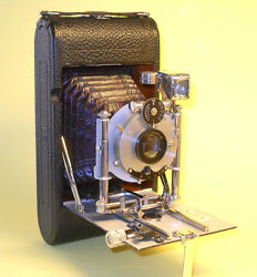 Antique Wunsche Nixe 3x4 Film Camera In Extremely Good Condition
