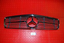 Mercedes Benz Sl R 107 Early Oem Chrome Hood Grille With Solid Metal Star