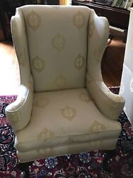 2 Matching Queen Anne Style Wingback Chairs Cream/ivory And Gold Print