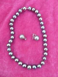 Black Tahitian Pearl Necklace With 18k Gold Clasp And Matching Earrings Preowned