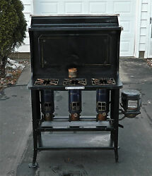 Antique Kerosene New Perfection 78 3-burner Black Cook Stove - Excellent