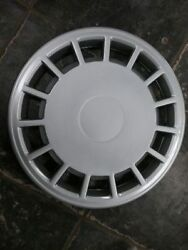 Wheel Cover Hubcap 15-slots 1 Piece Fits 89-93 Volvo 240 Series 275661
