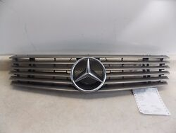 1996-1997 Mercedes Benz SL320 R129 Grille Part # 129 880 02 85 **SMALL DING**