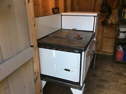 Antique 1920and039s Kitchen Stove Wood Burning / Lp Gas Make Wedgewood.