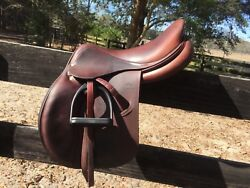Devoucoux Biarritz O 17.5 inch Saddle normal tree D3D brown