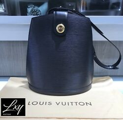 Authenticated Louis Vuitton Black Epi Cluny Bucket Shoulder Bag With Dustcover