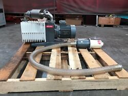 Varian Sd-700 Dual Stage Rotary Vane Vacuum Pump With Varian Ome-700/1400