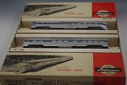 2 Athearn B And O Vista Lighted Streamline Passenger Car With Box Ho Scale Vintage