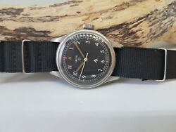 VERY RARE 1968 BRITISH MILITARY SMITHS MANUAL WIND BLACK DIAL MAN'S WATCH