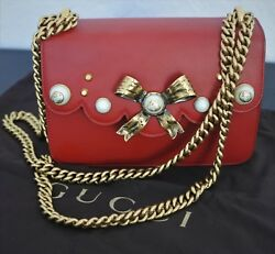 Gucci Bow & Pearl Red Leather Shoulder Bag Crossbody Antiqued Gold Chain 432281