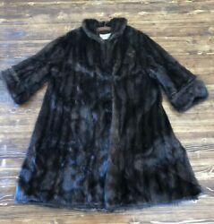 Forbes And Wallace Springfield Mass Vintage Genuine Muskrat Fur Coat Soft Brown
