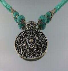 Rare Queen Of Love Pendant American Turquoise Beads Necklace Sterling Silver