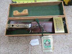 White Hunter Knife Made In Germany In Wood Box Lot13600