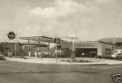 1 Vintage 8x11 2 Veedol Flying A Gas Station Buick Pontiac Chevy Olds B/w Pic