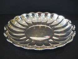 Reed And Barton 110 Holiday Silverplated Oval Serving Platter 15 X 11 X 2 H