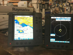 Raymarine 4kw Radar And 2 Rl80c Displays. Used All In Good Working Condition