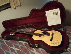 George Jones And Others Signed And Authenticated Guitar - Reduced Free Ship In Us.