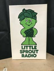 """Vintage 70s Green Giant Promotional """"little Sprout"""" Transistor Portable Radio"""