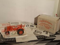 Allis Chalmers Uc 1/16 Diecast Farm Tractor Replica By Nb And K Enterprises