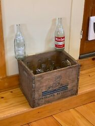 Rare Antique Wooden Carrier Crate Of 12 Vintage White Eagle Club Soda Bottles