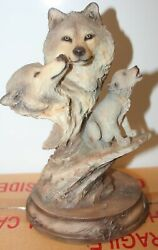 Mill Creek Statue Family Song Wolves