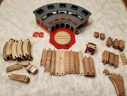 Thomas And Friends Wooden Railway Deluxe Roundhouse Lot W 90+ Trains Track Works