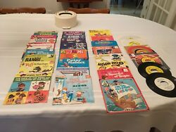 Mickey Mouse Disney 45 Rpm Record Case And 30 Children's Records 24 Orig Jackets