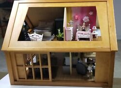 Doll House Fully Furnished W/electricityfamily Of 4 Refurbished