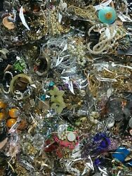 💎ESTATE VINTAGE TO NOW COSTUME JEWELRY LOT 20 Pc NO JUNK NECKLACE BROOCH EAR💎