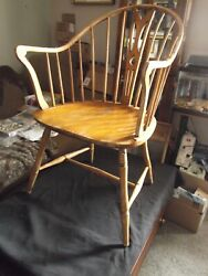 Vintage Antique 1800s Windsor Spindle Back Arm Chair - 19th Century - Wooden