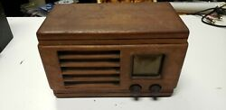 1930and039s1940and039s Or 1950and039s Dewald Super Heterodyne Radio Receiver Reel Wood Cabinet