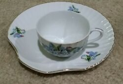 12 Vintage Blue Floral Pattern China》6 China Snack Plates And 6 Cups》31/10e Japan