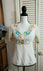 Nanette Lepore Floral Embroidered Silk Fitted Blouse Shirt Sz 2