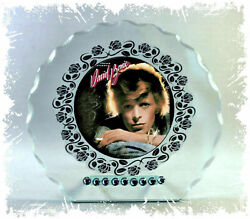 David Bowie And039young Americansand039 Photo Cut Glass Round Plaque Collectible Edition