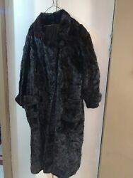 FULL LENGTH MINK FUR COAT..