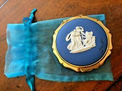 Vintage Stratton England Cameo Compact Mirror And Powder Wedgewood Style 3 Muses