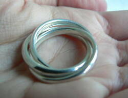 And Co Silver Triple Rolling Interlocking Ring Band Sz 5 Gift Love