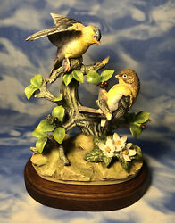 """Htf Vintage Andrea By Sadek Goldfinch"""" Porcelain Bird Figurine A Base Guc As Is"""