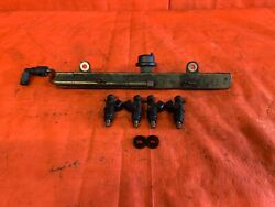 02 - 04 Acura Rsx Type S - K20a2 Fuel Rail And Injector Set Of 4 Injectors - Oem