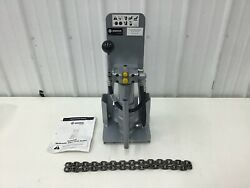Greenlee - Open Center Hydraulic Sign Post Puller H4905a
