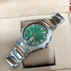 Vintage Bulova Classic Automatic Day Date Octagon Case Green Dial Mens Watch