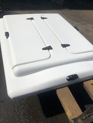 Are Toyota Tacoma 2005-15 6' Fiberglass Bed Cover White W/ Full Access Hatches