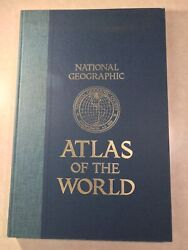 Vintage 1981 National Geographic Atlas Of The World Large Format Maps Book