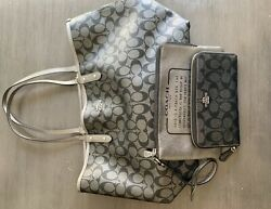 Coach Signature Black And Silver Reversible Tote w Matching Wristlet And Wallet $85.00