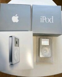 Ipod First Generation. M8541 With 5gb. Very Good Conditions For Collectors.