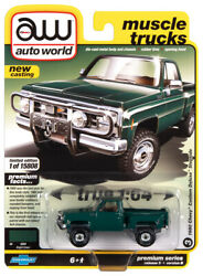 Autoworld 1980 Chevy Pickup Custom Deluxe Stepside Muscle Truck 164 Diecast