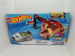 Hot Wheels City Road Trip To Mars Playset With Space Shuttle And Die Cast Vehicle